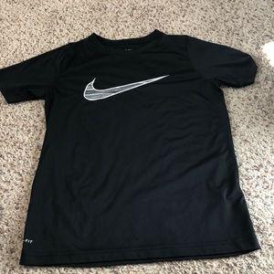 Short sleeve Nike drifit t-shirt
